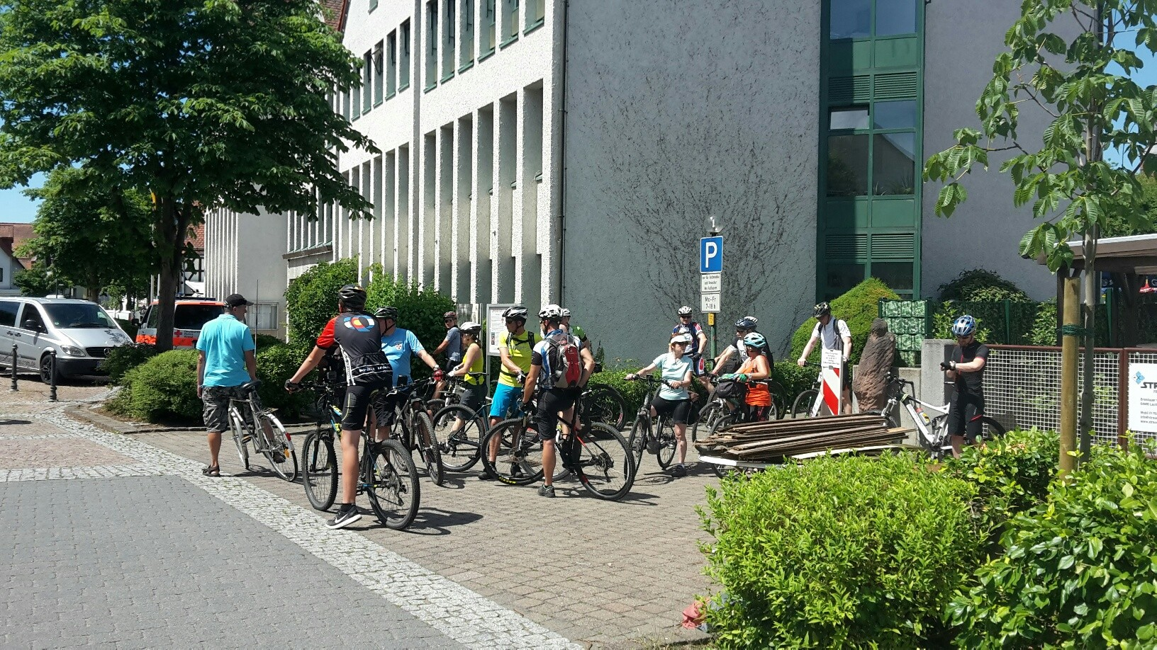 05. Mountainbike-Tag - Start zur Mittelstrecke (1).jpg