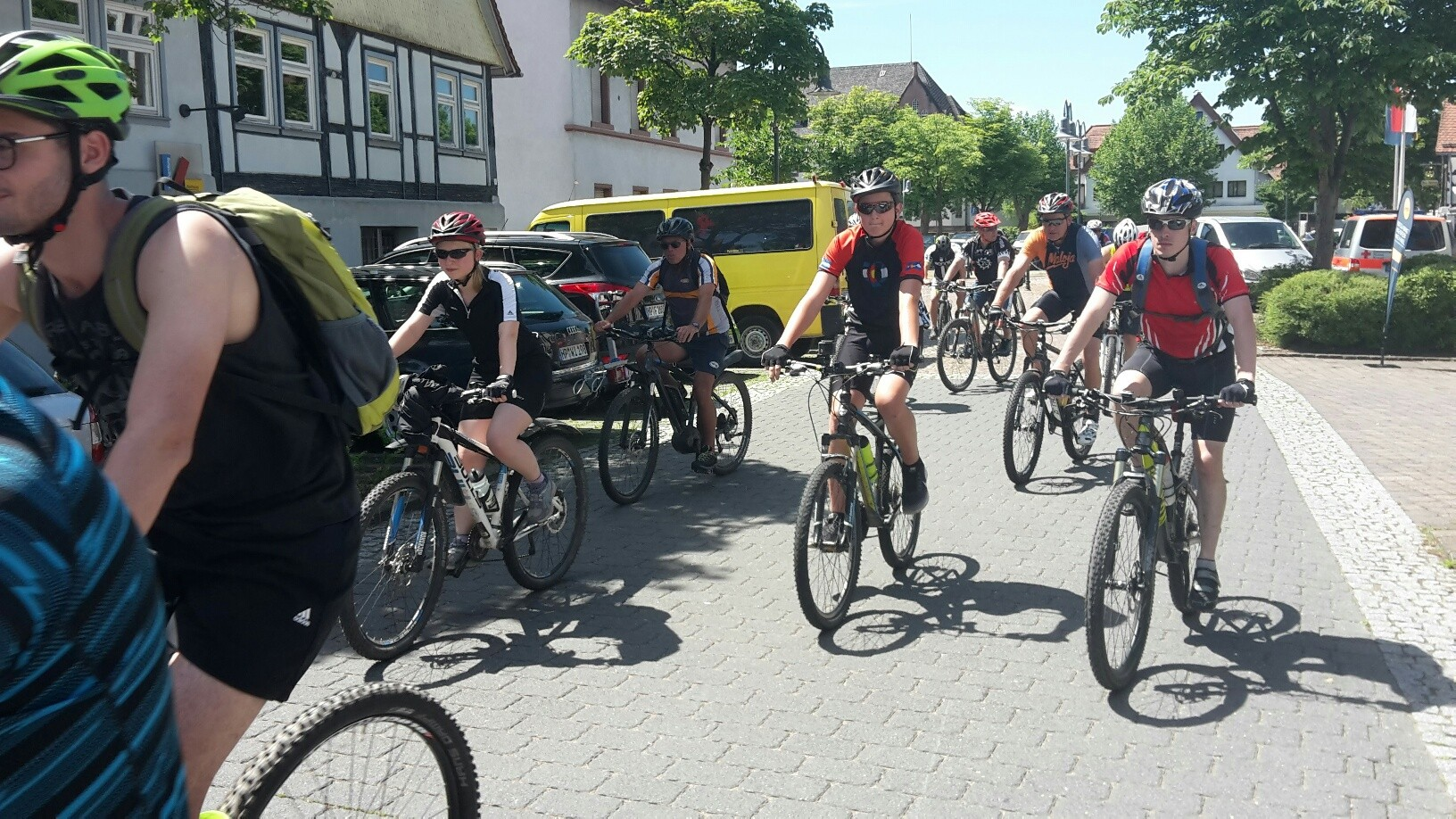 05. Mountainbike-Tag - Start zur Mittelstrecke (7).jpg